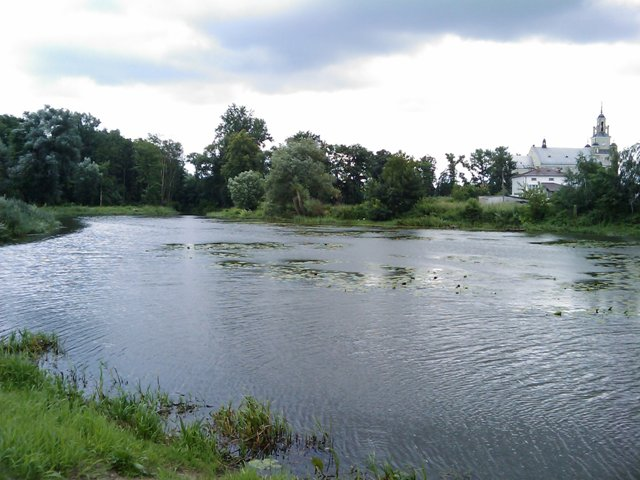 Jezioro Wschodnie i kana� w Bia�obrzegach