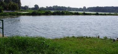 Zalew na rzece Mroga - Pi³a