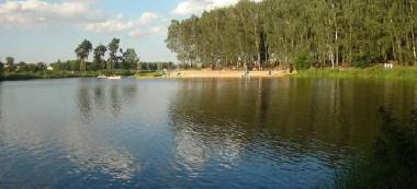 Zalew Tatar na rzece Rawka