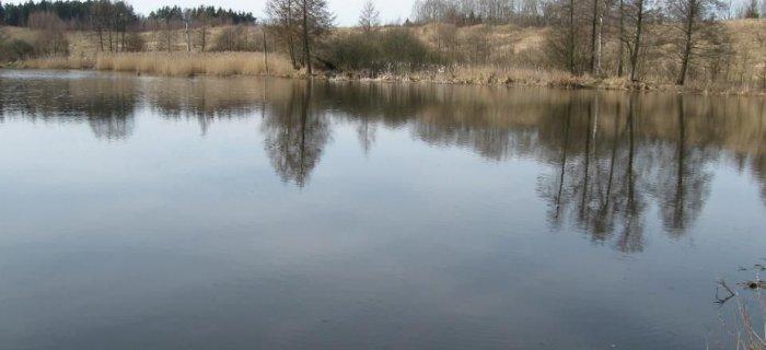 Zbiornik zaporowy na rzece Piesienicy