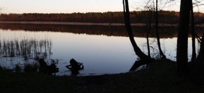 Jezioro Pami±tkowskie