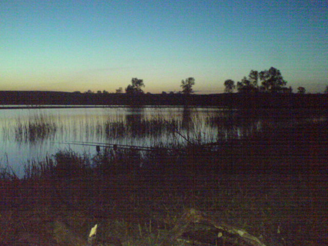 Rakowiec - ma�e jeziorko z du�� ilo�ci� karpia